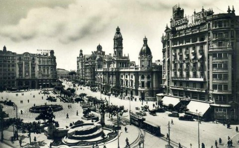 Black and White Image of Valencia _50s_VLC image